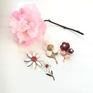 Flower Brooches - Bundle of 4